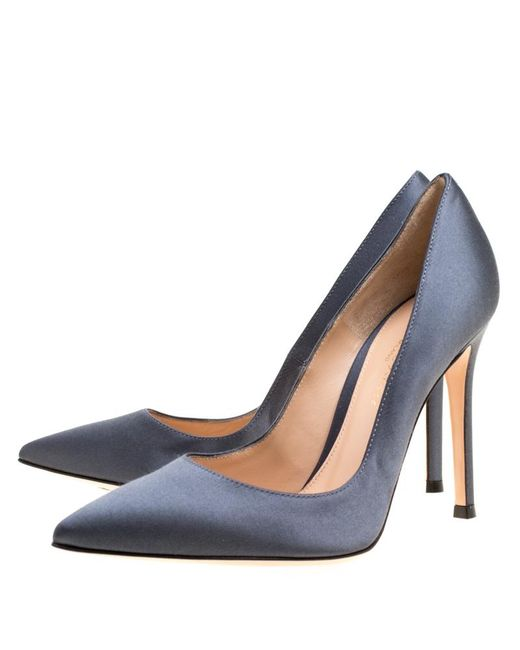 b08c3aa2cd64 ... Gianvito Rossi - Gray Satin Pointed Toe Pumps - Lyst ...