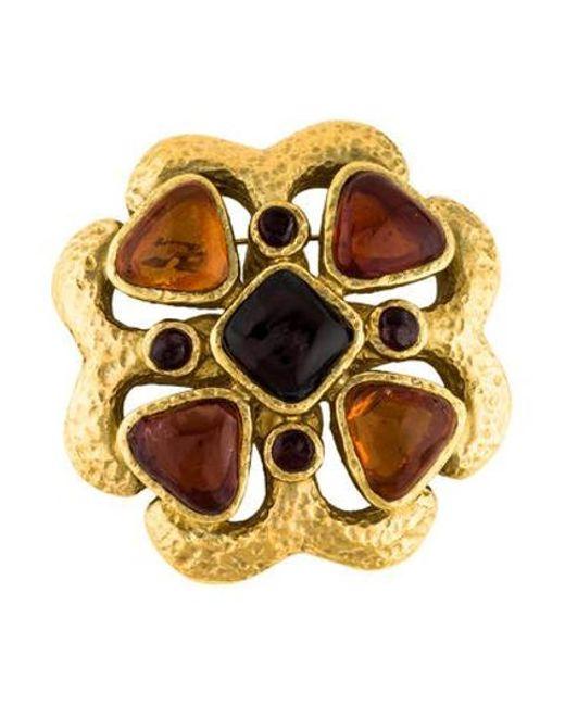 Chanel - Metallic Gripoix Brooch Gold - Lyst ... 481392bf353