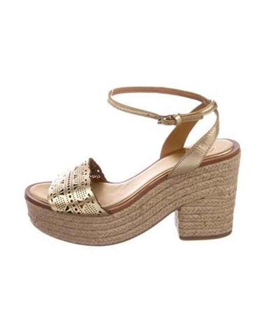 a5c9cc84ea0d Tory Burch - Metallic Leather Sandal Wedges Gold - Lyst ...