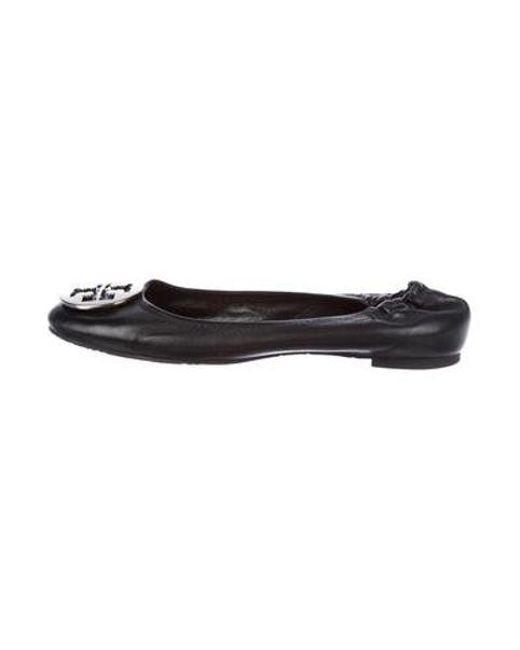 46cd9ccdfa0b0c Tory Burch - Metallic Reva Leather Flats Black - Lyst ...