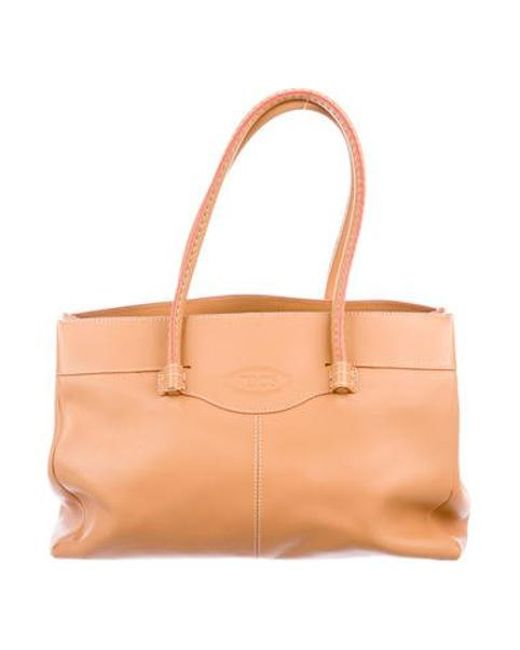 9209d166d435 Tod s - Metallic Smooth Leather Shoulder Bag Tan - Lyst ...