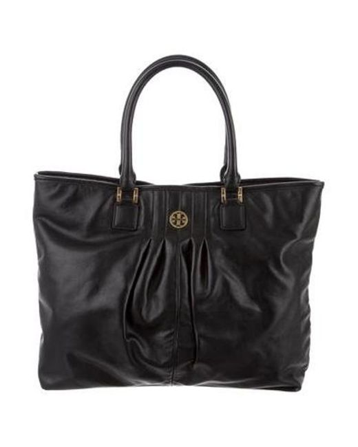 3294754d424 Tory Burch - Metallic Pleated Leather Tote Black - Lyst ...