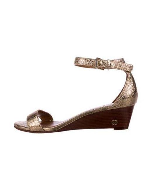 d4806421f Tory Burch - Metallic Savannah Wedge Sandals - Lyst ...