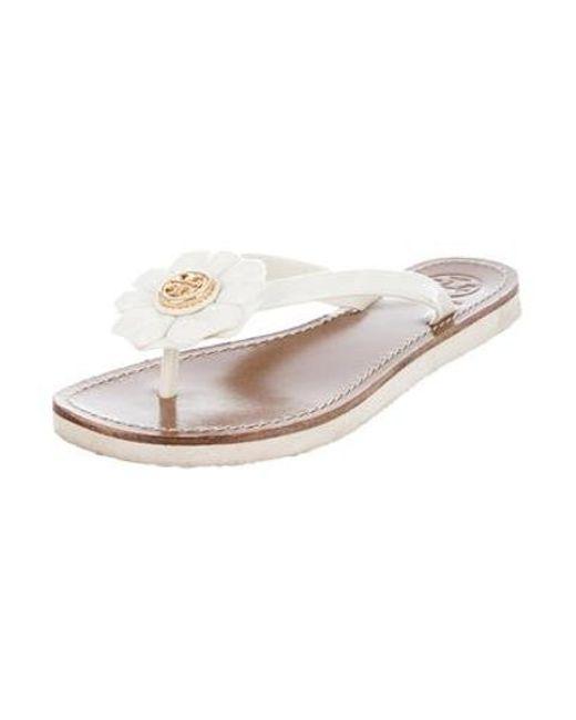 694fae6cc3ea ... Tory Burch - Natural Floral Thong Sandals Neutrals - Lyst ...