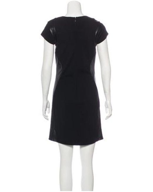 b2b5b03d700cb ... Diane von Furstenberg - Black Short Sleeve Knee-length Dress - Lyst