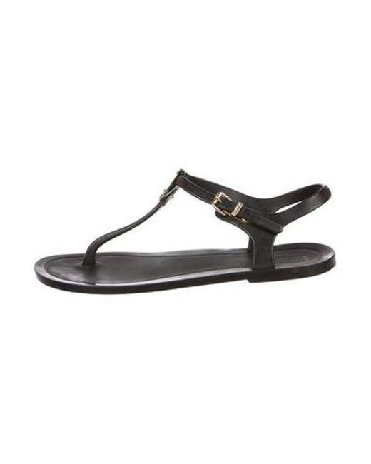 b34663ff3efe Hunter - Metallic Logo Thong Sandals Black - Lyst ...