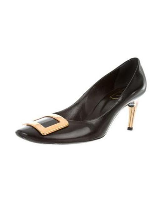 c77c00fecb2 ... Roger Vivier - Metallic Leather Buckle Pumps Black - Lyst ...
