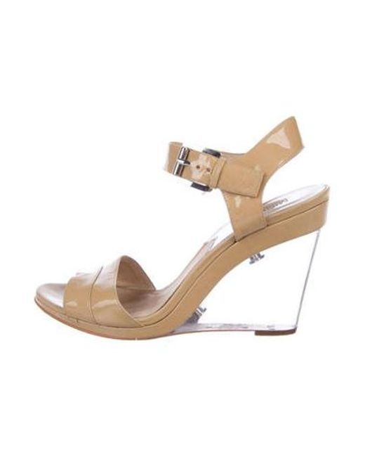 adae8bf8b125 MICHAEL Michael Kors - Natural Michael Kors Patent Leather Wedge Sandals  Tan - Lyst ...