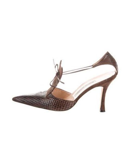 567fa9b61b Manolo Blahnik - Brown Leather Pointed-toe Pumps - Lyst ...