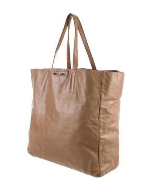 b552032cc0bf ... Miu Miu - Natural Miu Grained Leather Tote Beige - Lyst ...