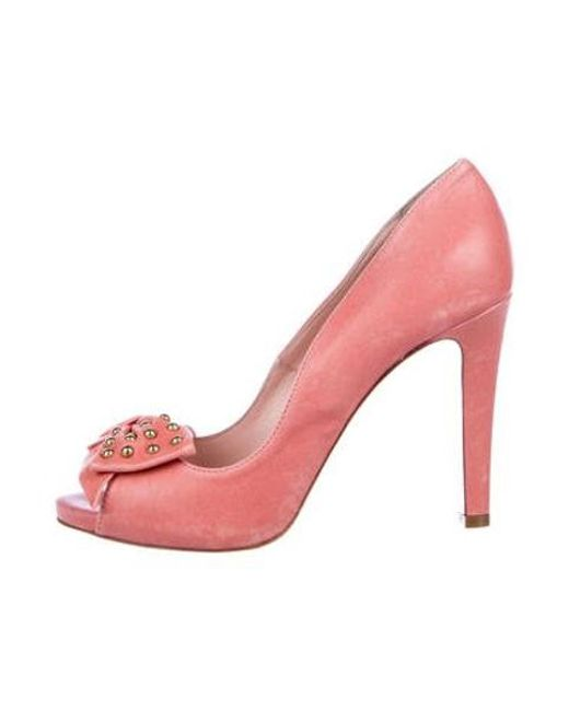 fb3444b348b RED Valentino - Metallic Leather Bow-accented Pumps Coral - Lyst ...