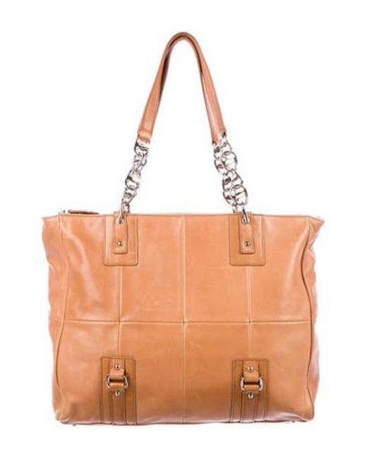 5f344b83373 Ferragamo - Metallic Vintage Leather Shoulder Bag Silver - Lyst ...