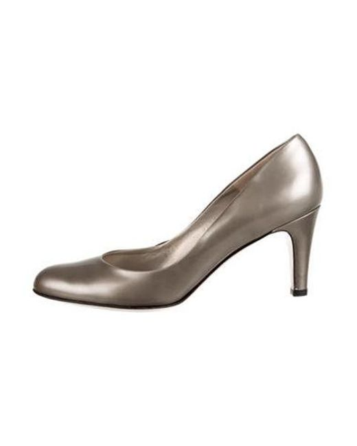 6dce0aa2deb Ferragamo - Metallic Leather Round-toe Pumps Silver - Lyst ...