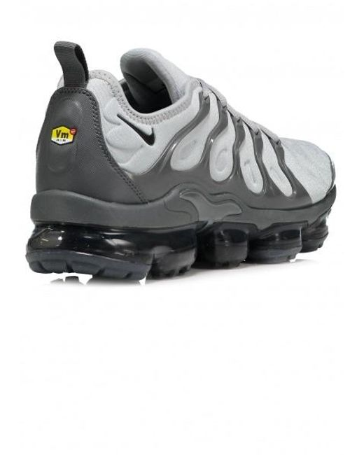 a036ce89717 Lyst - Nike Air Vapormax Plus Wolf Grey  Black-dark Grey in Gray for ...