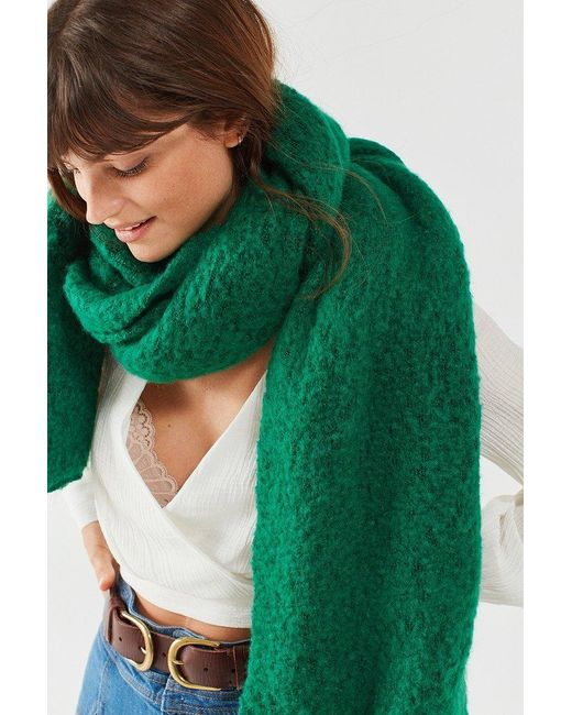 Urban Outfitters   Green Nubby Cozy Blanket Scarf   Lyst