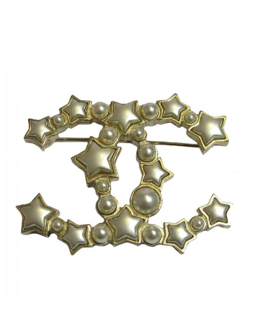 Chanel | Metallic Cc Brooch In Gilded Metal, Pearls And Stars | Lyst
