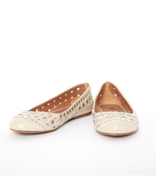 online store 5d8a0 37b1a alaia-Beige-Pre-owned-Leather-Ballet-Flats.jpeg