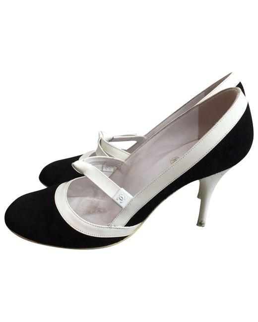 Chanel | Black Pre-owned Heels | Lyst