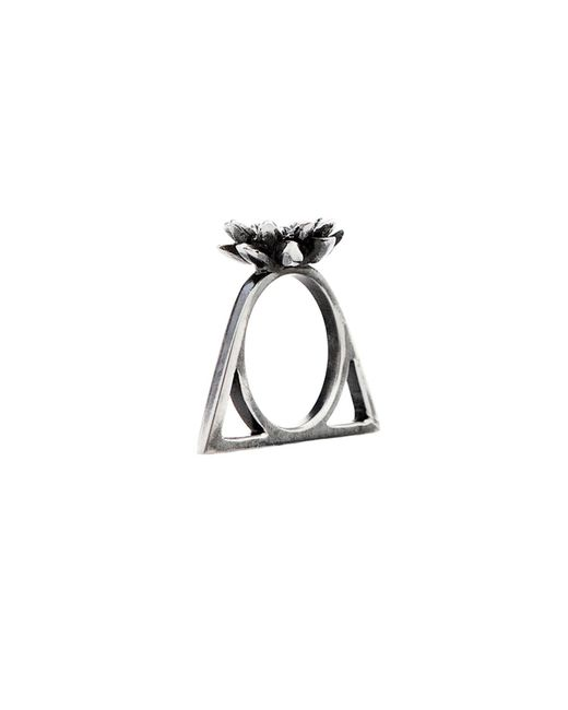 Glenda López | Metallic The Lotus Triangle Ring | Lyst