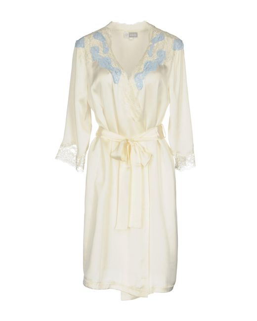 Lyst - Vivis Dressing Gown in White