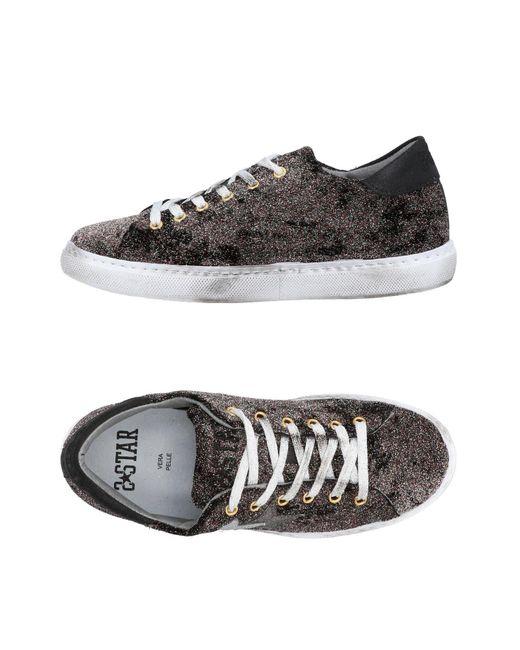 2 Star Black Low-tops & Sneakers