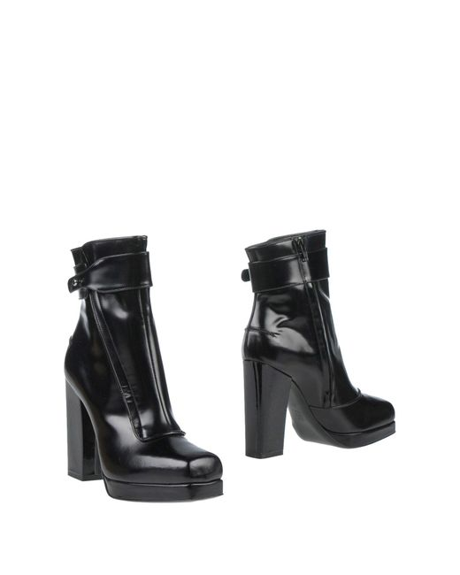 Lanvin - Black Ankle Boots - Lyst