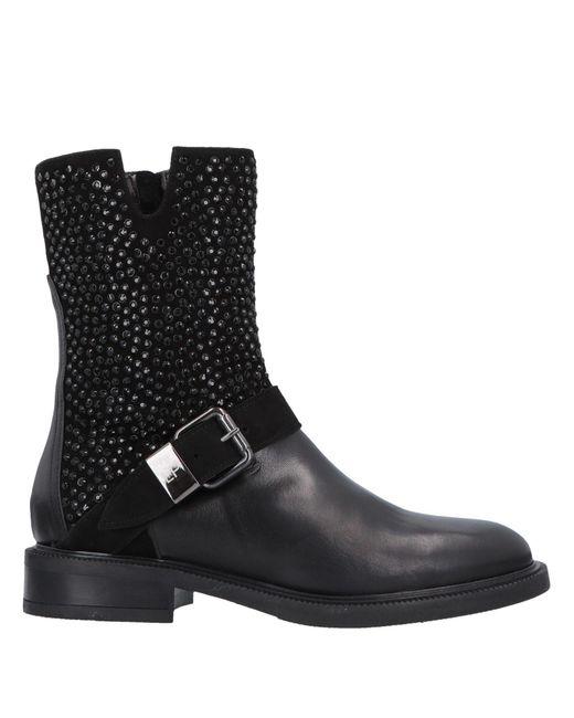 Loretta Pettinari Black Ankle Boots