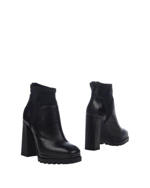Lea Foscati - Black Ankle Boots - Lyst