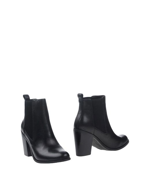 Windsor Smith - Black Ankle Boots - Lyst