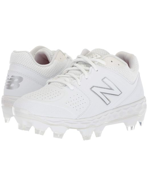ed8244bd66c2 Lyst New Balance Fresh Foam Spvelov1 White Gold Women S Cleated