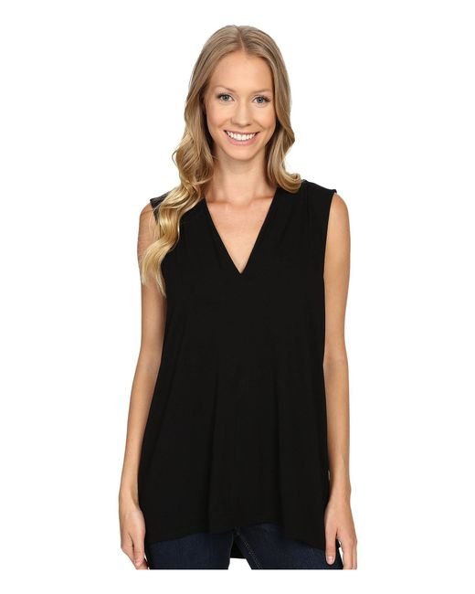 Vince Camuto | Black Sleeveless V-neck Top | Lyst