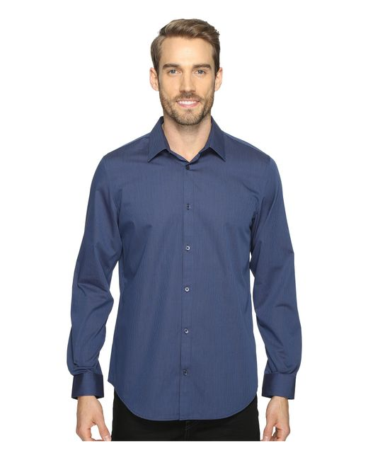 Men's Short Sleeve Button Downs Great for Sundays and meeting up with friends, mens' short sleeve shirts add a little more character to your outfit than your standard shirt. You can keep cool with short sleeves while maintaining a certain degree of style.