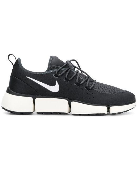 Nike Men's Black Footscape Flyknit Dm Sneakers