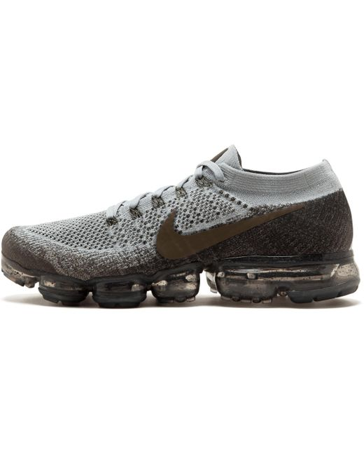 Nike Men's Gray Vapormax Flyknit