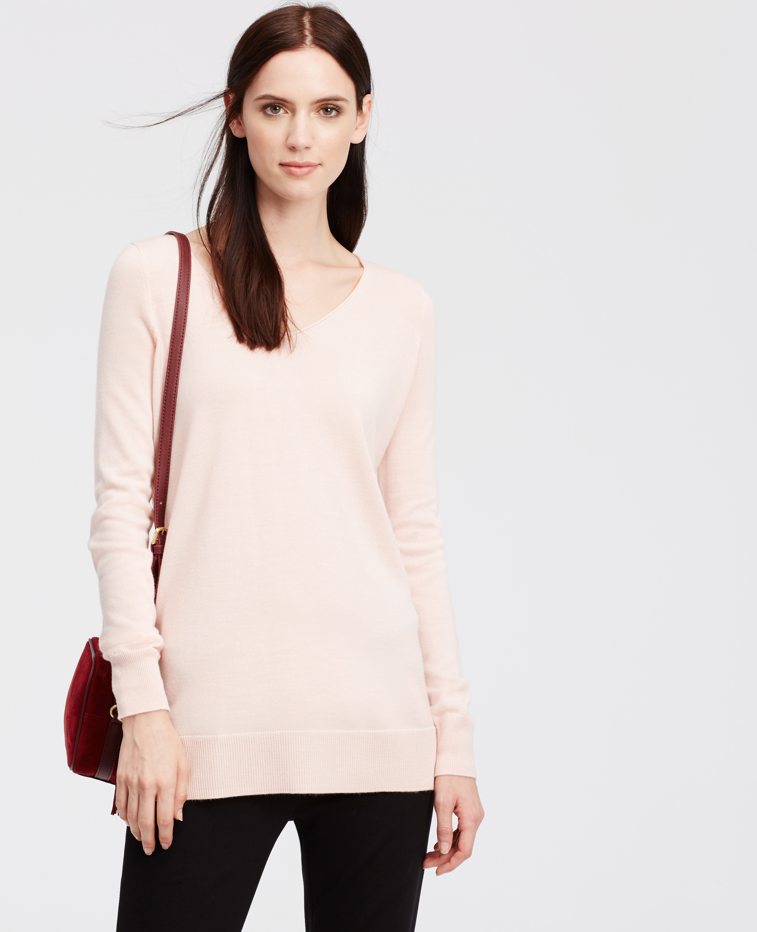 Ann taylor Petite V-neck Tunic Sweater in Pink | Lyst