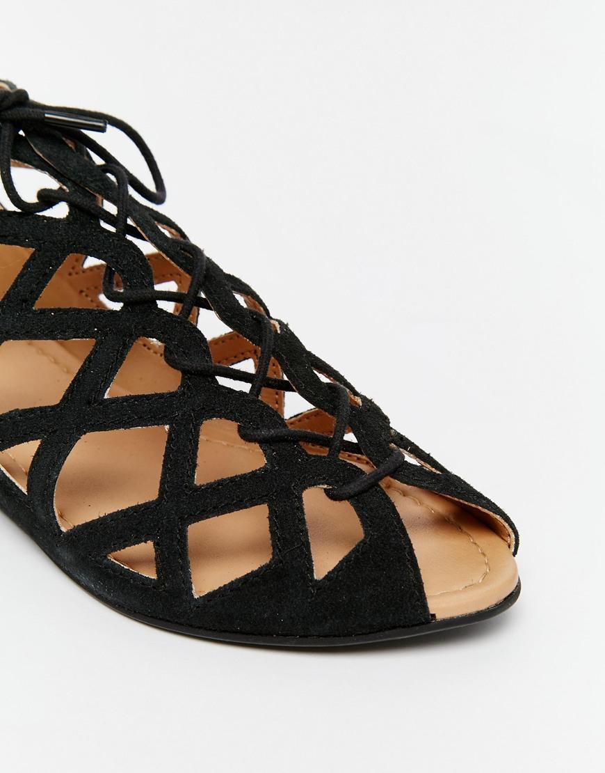 53160434298 Lyst - Park Lane Cut Out Gladiator Leather Flat Sandals - Black ...