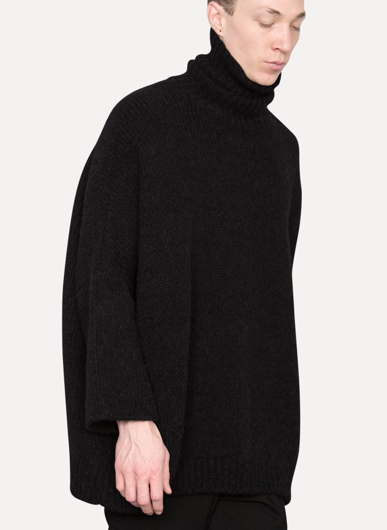 Thamanyah Unisex Oversized Turtle Neck Sweater in Black for Men | Lyst