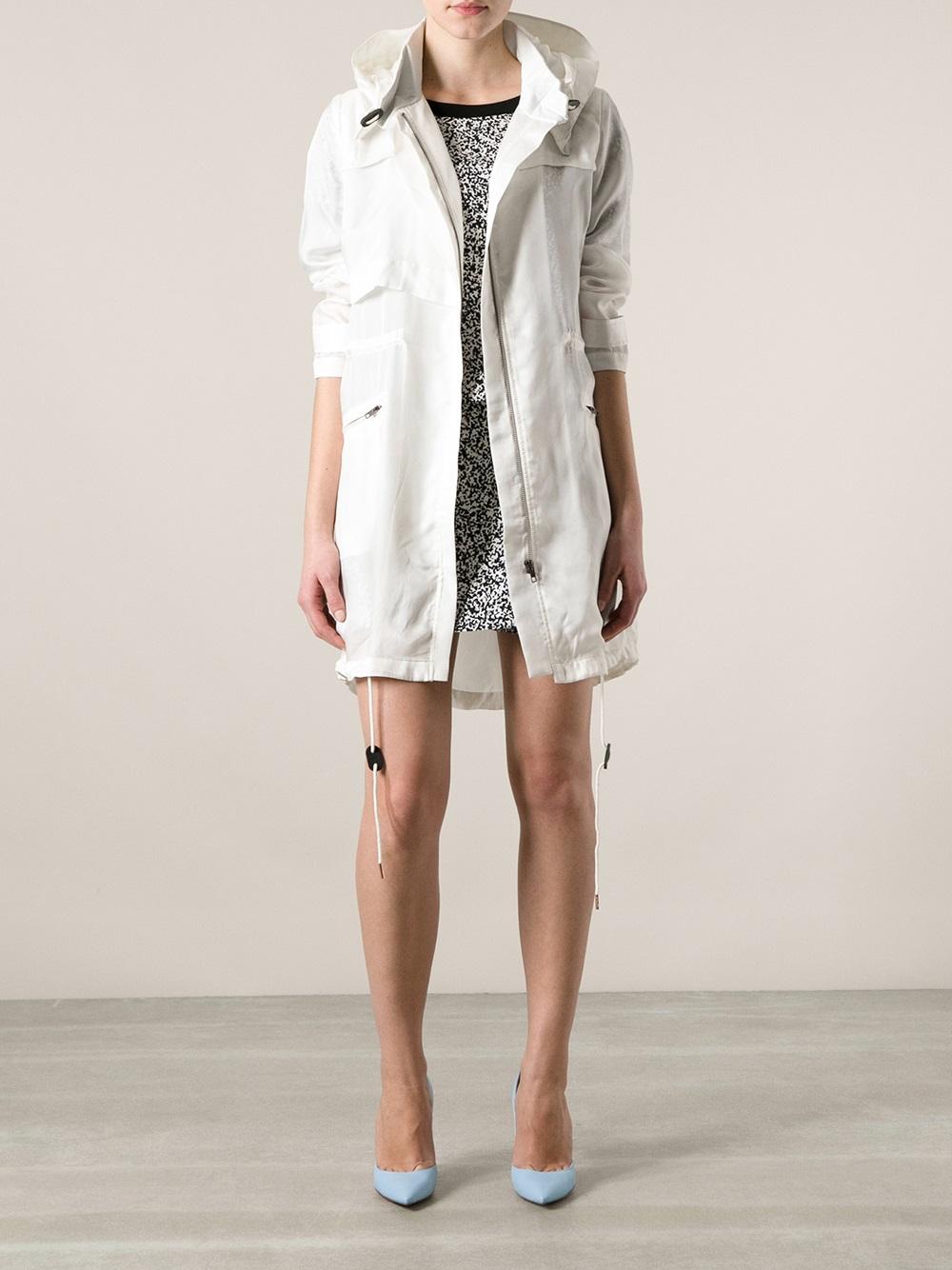 Avelon Light Parka Coat in White | Lyst