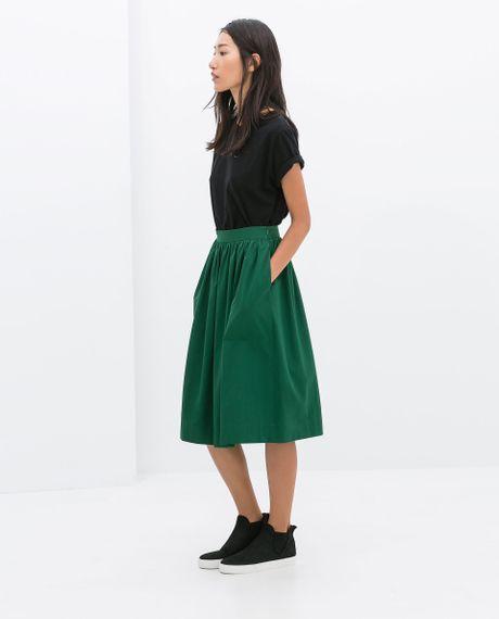 zara midi skirt in green lyst