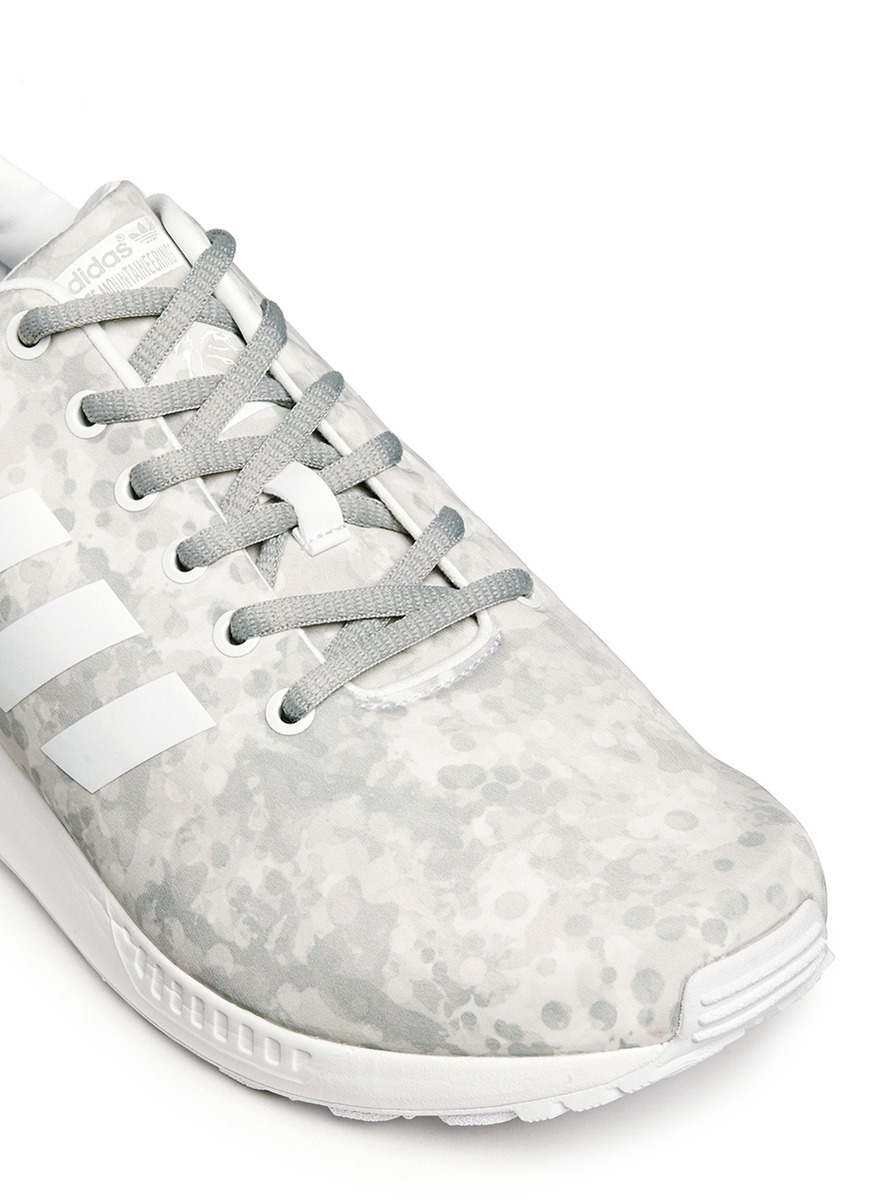 077bb3e32 White Mountaineering X Adidas Originals  zx Flux  Snow Camouflage ...