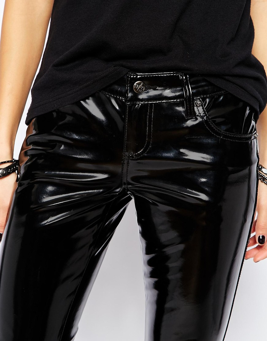 Tripp nyc Vinyl Skinny Trousers In Patent