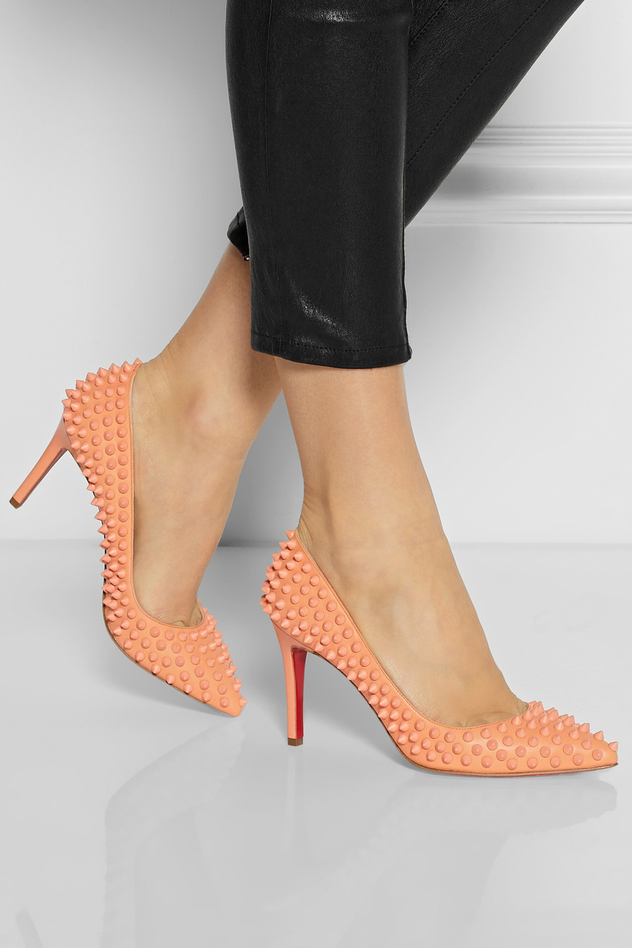 christian louboutin black patent pigalle 85