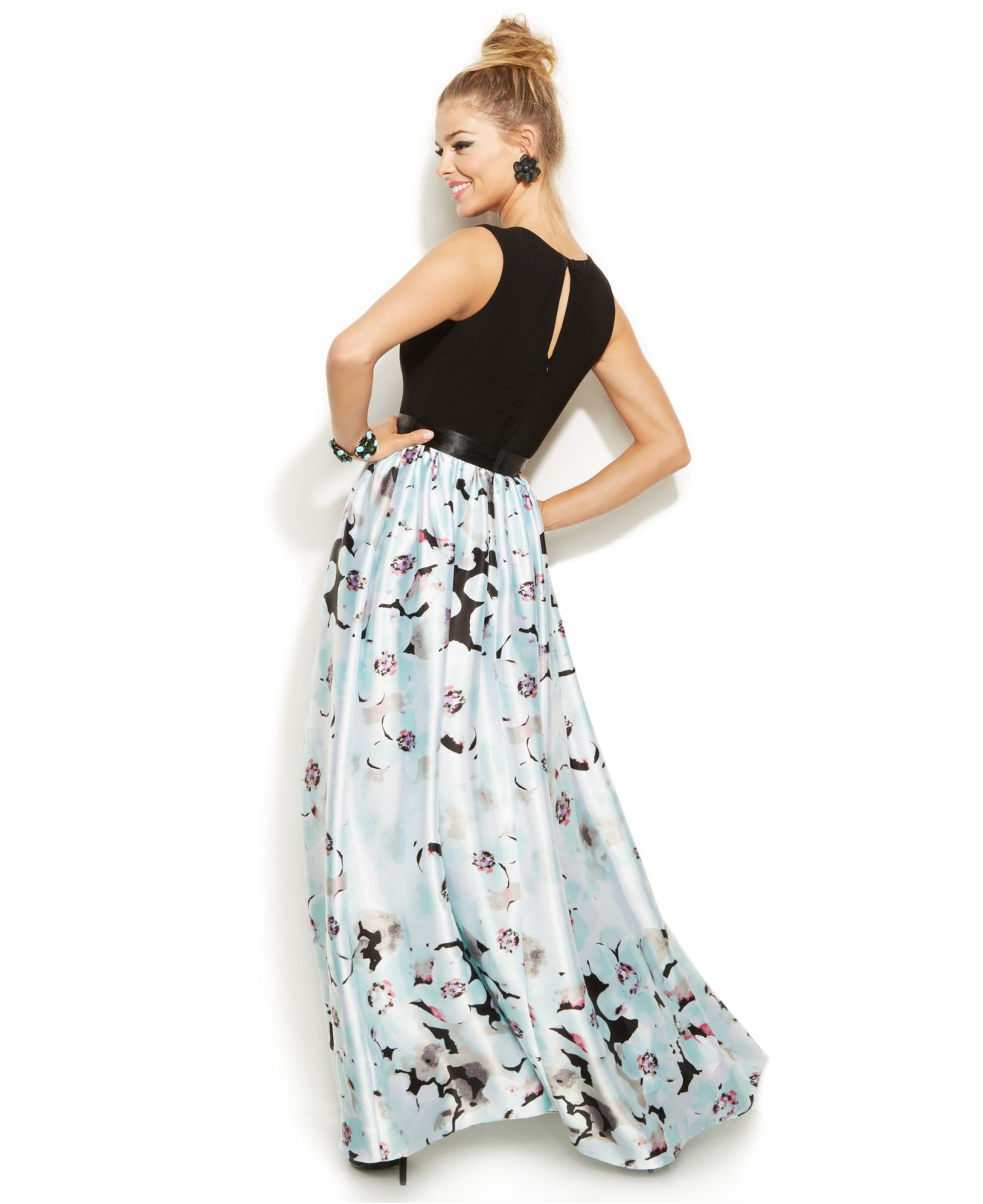 Lyst - Betsy & Adam Sleeveless Floral-print Gown in Blue