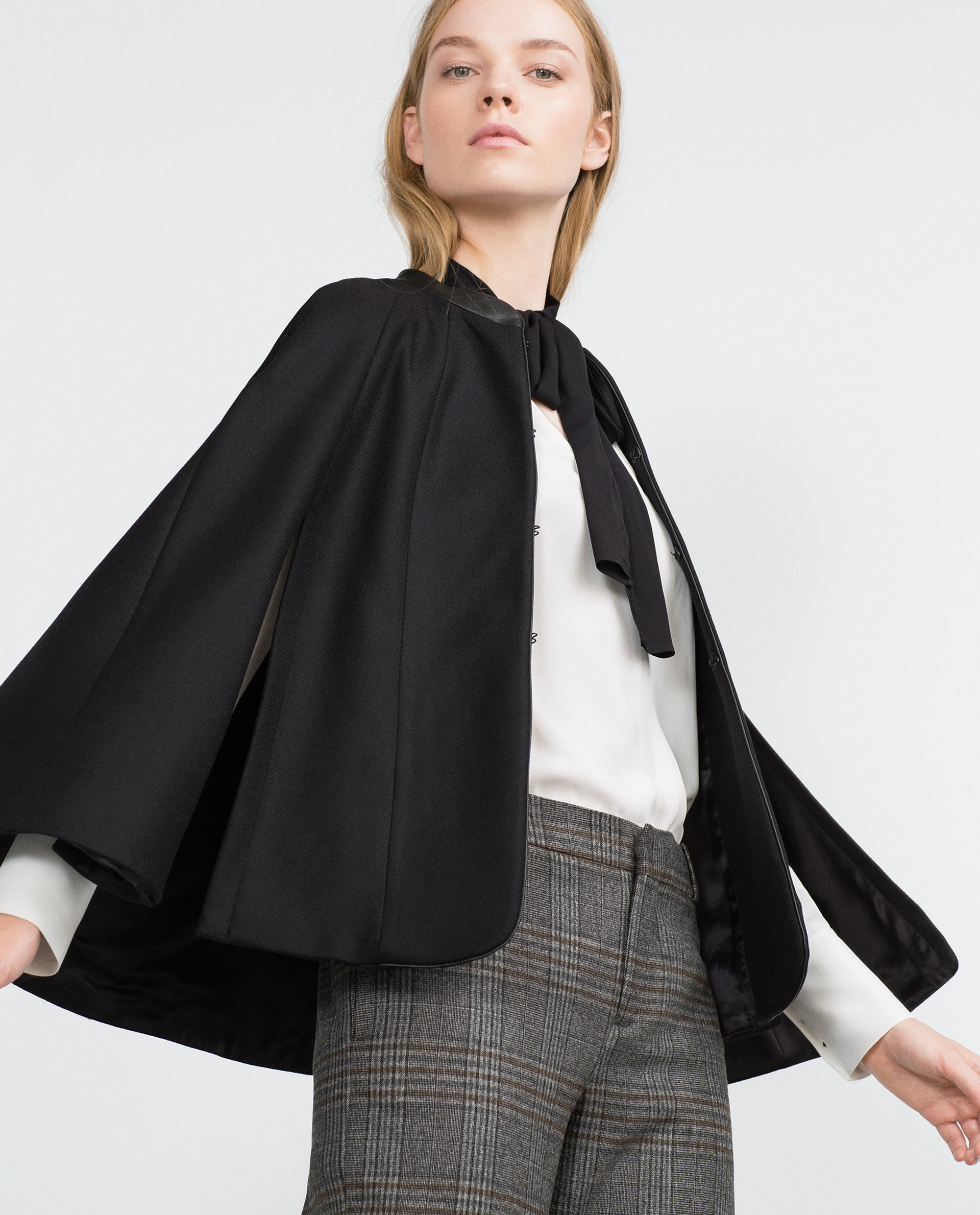 zara short cape with faux leather detail in black lyst. Black Bedroom Furniture Sets. Home Design Ideas