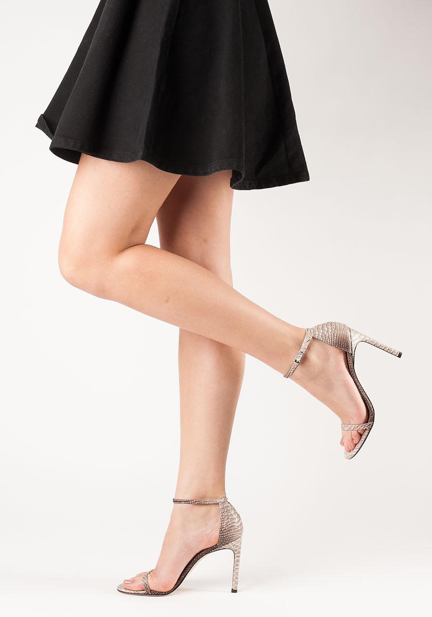 Suede Nudistong Sandals in Black Suede Stuart Weitzman CKDlYHPjq