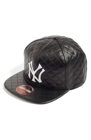 f3f7b56dde2ba American Needle  new York Yankees - Quilted  Faux Leather Snapback ...