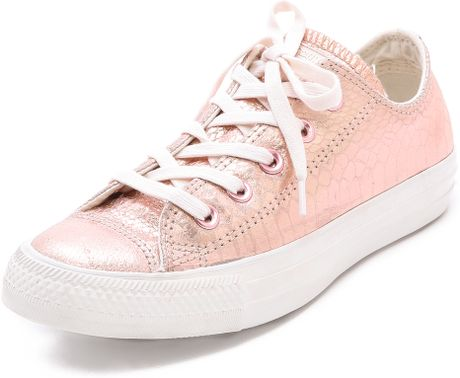 converse low top ox sneakers rose gold in pink rose gold. Black Bedroom Furniture Sets. Home Design Ideas