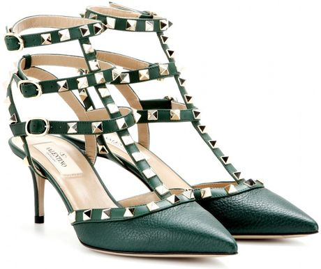 valentino rockstud leather kitten heel pumps in green emerald lyst. Black Bedroom Furniture Sets. Home Design Ideas