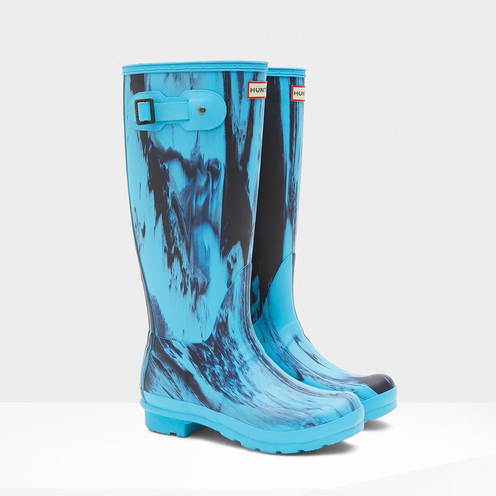 lyst hunter original nightfall rain boots in blue