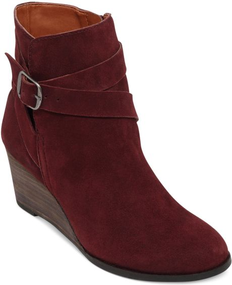 Lucky Brand Womens Ginnie Booties in Red (Oxblood